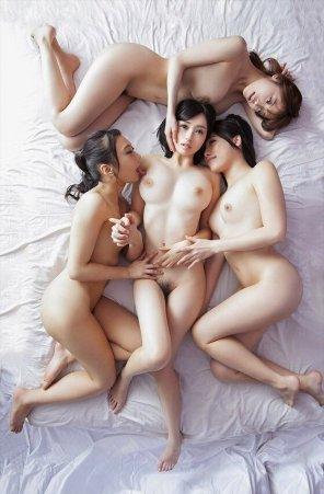 amateur photo Japanese Heaven