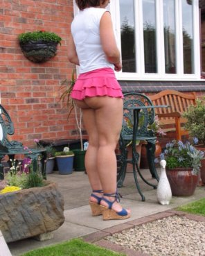 amateur photo Short skirt