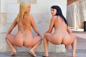 amateur photo Two Gals Squatting