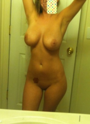amateur photo Hips and tits