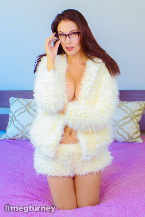 amateur photo A fluffy Meg Turney