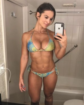 amateur photo alice matos
