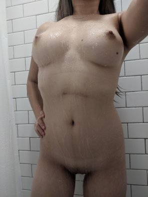 amateur photo [F] I'm wet in more ways than one 💦