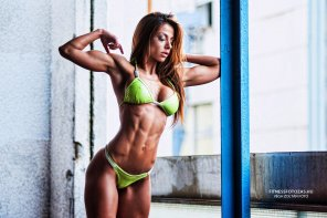 amateur photo Fit girl Petra Szabo