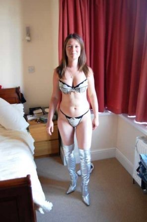 amateur photo The wife is ready for the fancy dress party