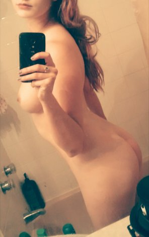 amateur photo Ass, lips, and tits