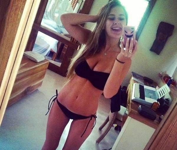 Such a heroic bikini Porn Photo