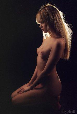 amateur photo Nipples On Alert