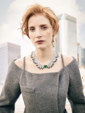 amateur photo Jessica Chastain fashion shot