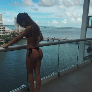 amateur photo Yovanna Ventura