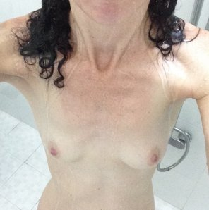 amateur photo Perky in the shower