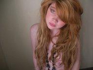 amateur photo Messy hair