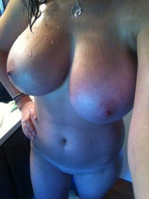 amateur photo Big wet and natural