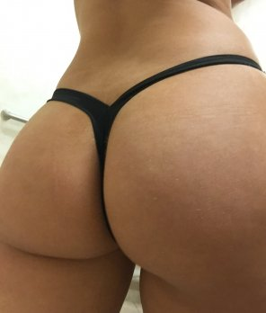 amateur photo [F] Thong of the day!!! Happy hump day!!!