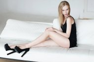 amateur photo Pale girl with great legs