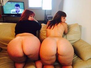 Fat pin up girls