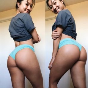 amateur photo Thick and beautiful Asian
