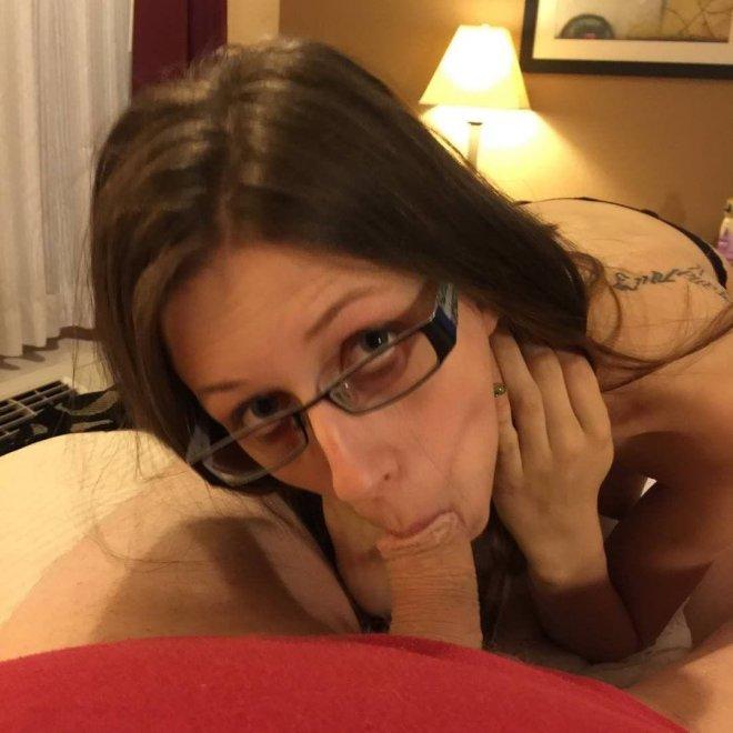 Good Girls Make Eye Contact Porn Photo