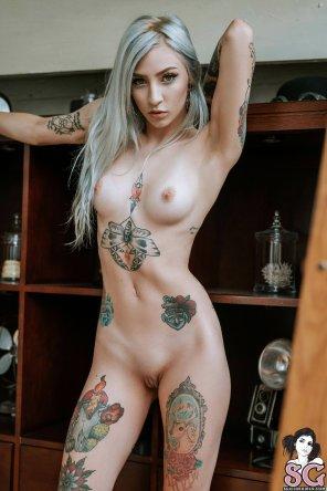 amateur photo Ivory