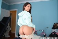amateur photo Jynx Maze