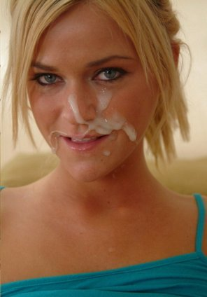 amateur photo Excellent facial