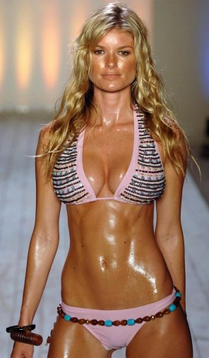 amateur photo Marisa Miller