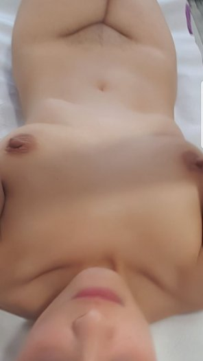 amateur photo for those asking about my nipples, PM's welcome :*