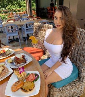 amateur photo Big Lunch