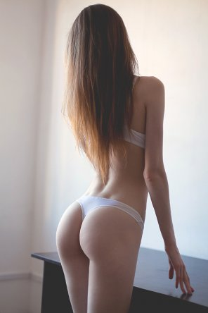 amateur photo Great hair and a great ass