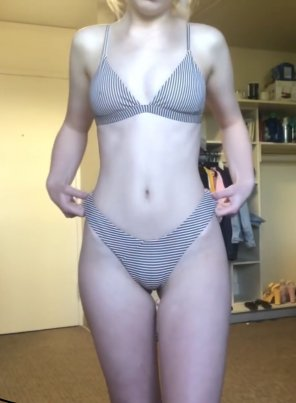 amateur photo Striped bikini