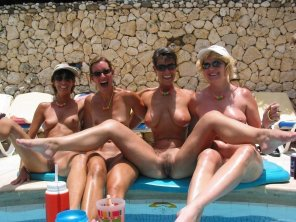 amateur photo Milfs on holiday