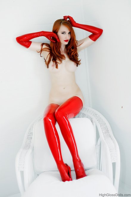 Red all around Porn Photo