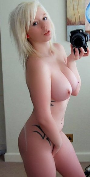 amateur photo busty and slim. another one.