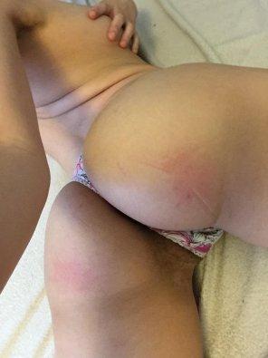 amateur photo backside