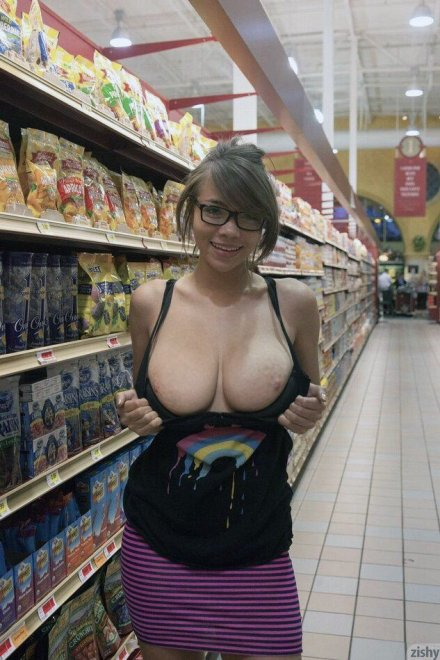 Big titties in public Porn Photo