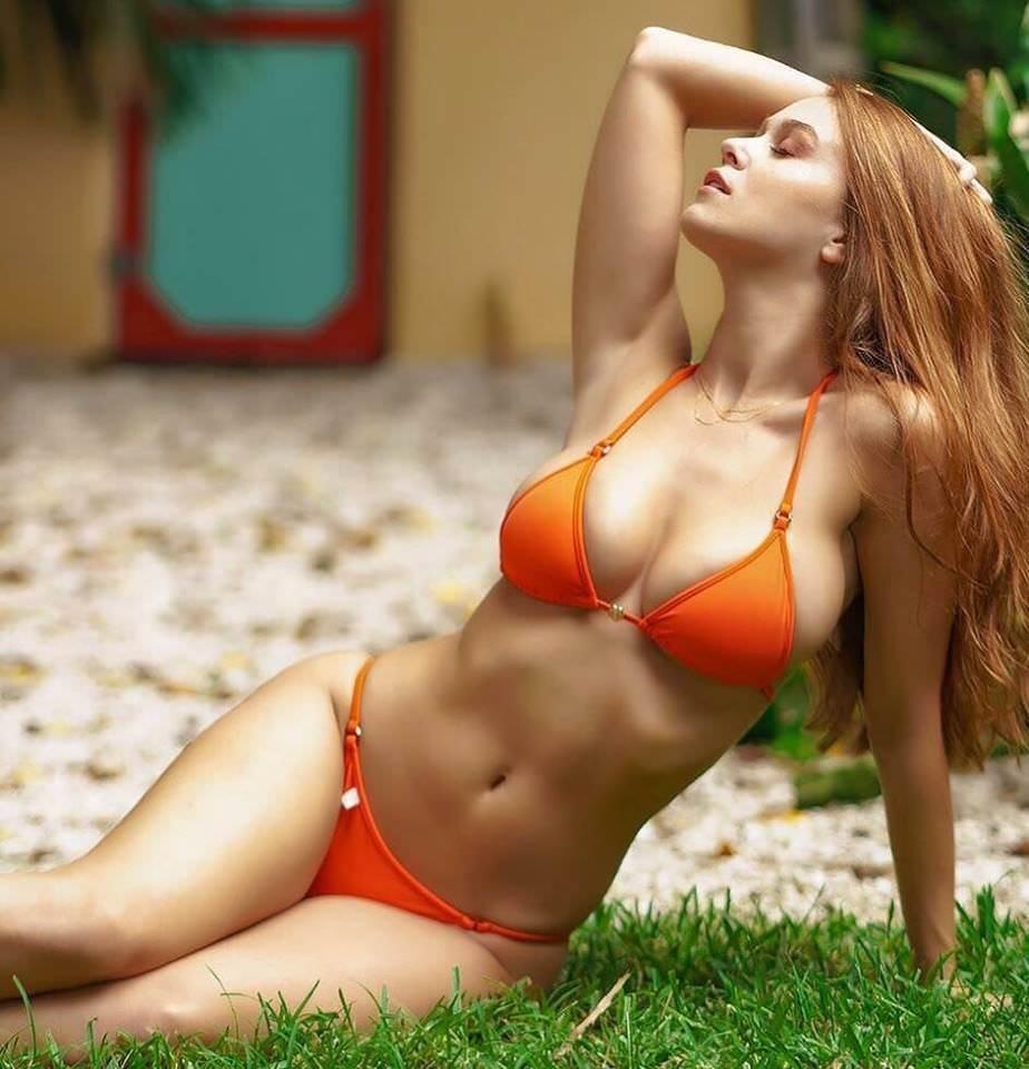 Fashion com bikini variant