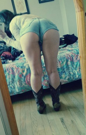 amateur photo Denim shorts