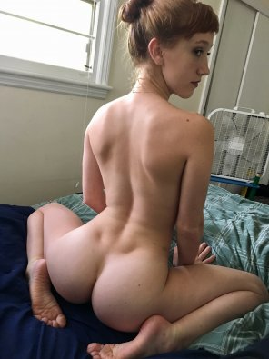 amateur photo Cute back dimples