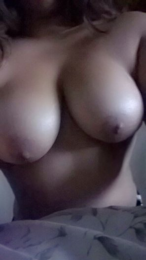 amateur photo Big ol' titties