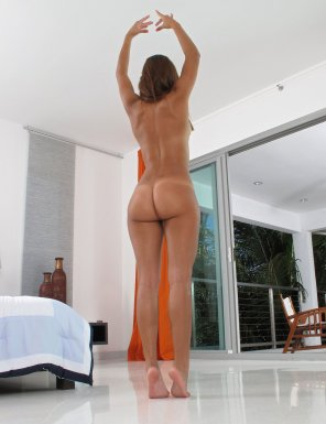 amateur photo Staying on her toes
