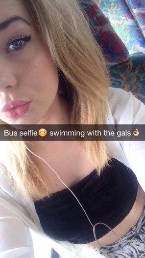 amateur photo Bus selfie