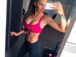 amateur photo Gym ready