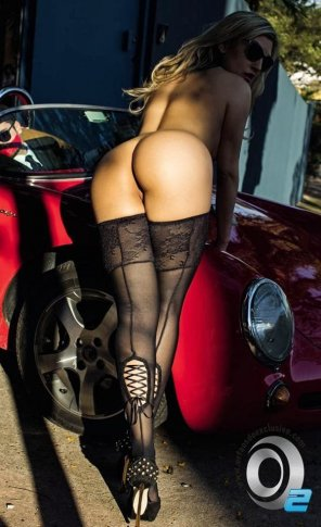 amateur photo Nice Car, Sexy Stockings