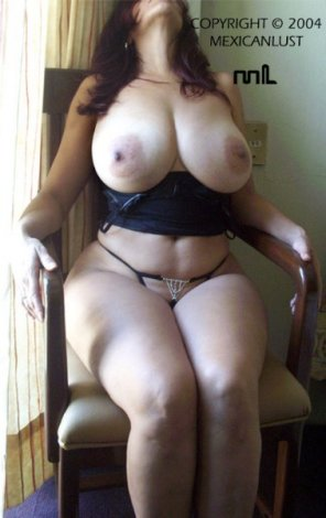amateur photo Voluptuous vixen