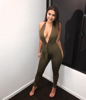amateur photo You could time an egg with that figure