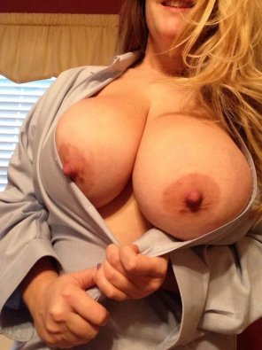 amateur photo Perfect boobs