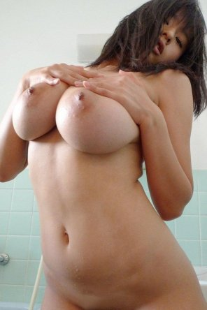 Warm Sophie Mudd Nude Images