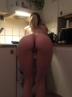 amateur photo Kitchen ass