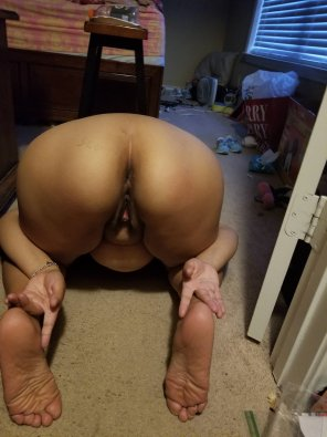 amateur photo My wife's spread