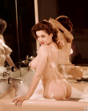 amateur photo The beautiful Colleen Farrington in 1957.
